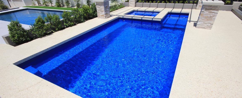 Saint Remy fibreglass swimming pool