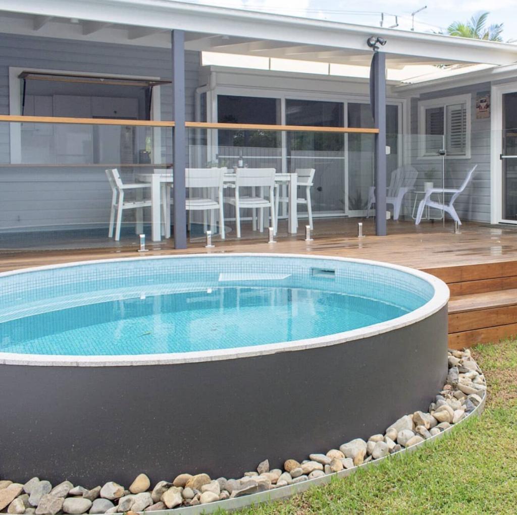 medium aboveground concrete plunge pool